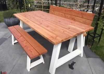 Douglas_houten_tafel_met_banken_en_stalen_onderstel_wit-672-800-600-80-wm-left_bottom-100-sdnlogothumbpng