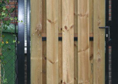 Enkele draaipoort met houtvulling 1