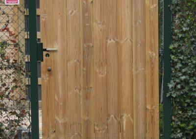 Enkele poort bekleed met hout aan een zijde 1