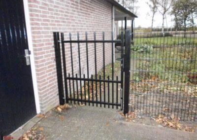 Enkele_draaipoort__sierpoort__spijlen__zwart__doorgang-300-800-600-80-wm-left_bottom-100-sdnlogothumbpng