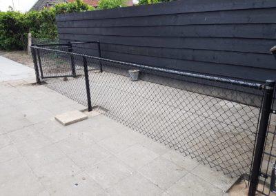 Gaashekwerk icm DSM poort voor hondenren (2)
