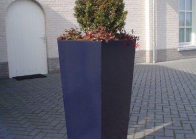 Plantenbak__tuindecoratie__blauw__decoratie__dicht-522-800-600-80-wm-left_bottom-100-sdnlogothumbpng